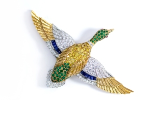 Gold & Platinum Sapphire Sapphire Emerald Diamond Duck Brooch.sophiworld.com