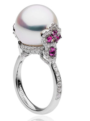 autore-ring-in-white-gold-with-white-diamonds-rubies-and-south-sea-pearls.sophiworldblog.com