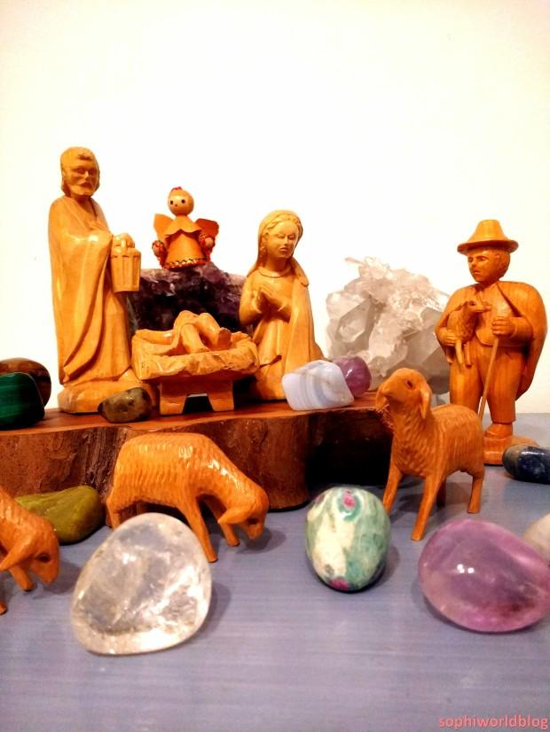 Nativity Scene with Gems! Read more on www.sophiworldblog.com