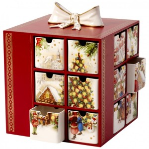 advent Calendar. How to present a Jewellery Gift. Read more on www.sophiworldblog.com